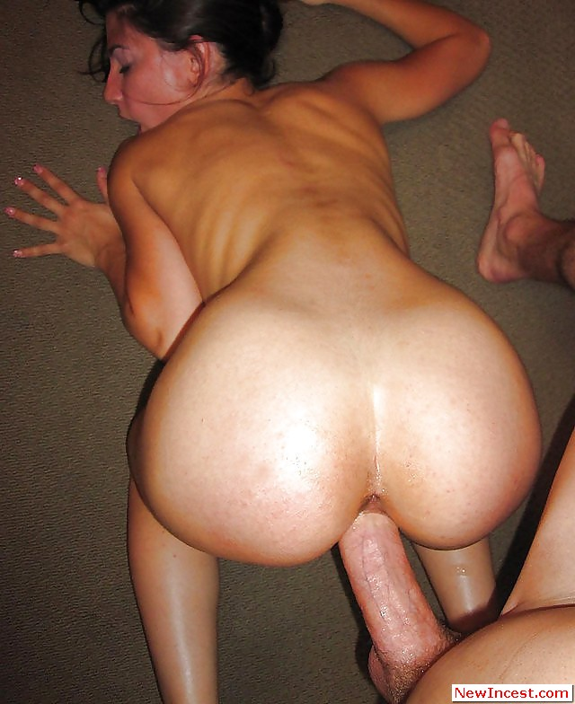 Sister see his big cock and seduce him to fuck when alone 5