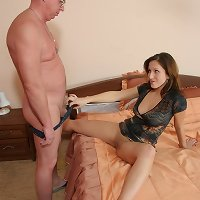 Gray-haired papa slams his limp meaty rod into his daughter�s fresh slit
